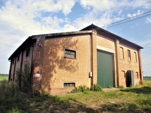 Deposito in Affitto a Ferrara