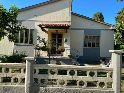 Casa singola in Vendita a Collesalvetti