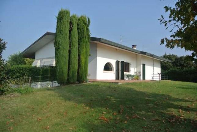 Villa in Vendita a Vigasio