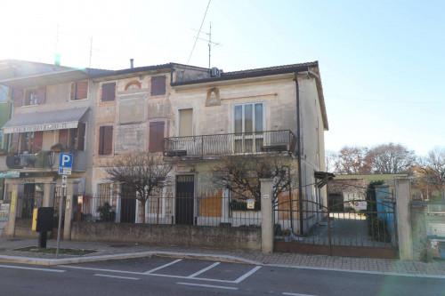 Stabile/Palazzo in Vendita a Sommacampagna