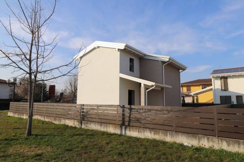 Villa in Vendita a Isola della Scala