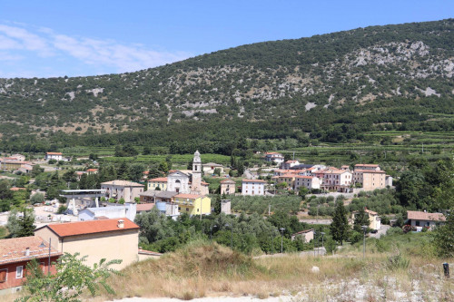 Terreno edificabile in Vendita a Sant'Ambrogio di Valpolicella