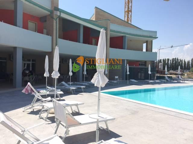 Appartamento in vendita a Montenero di Bisaccia, 3 locali, zona Località: Marina, Trattative riservate | CambioCasa.it