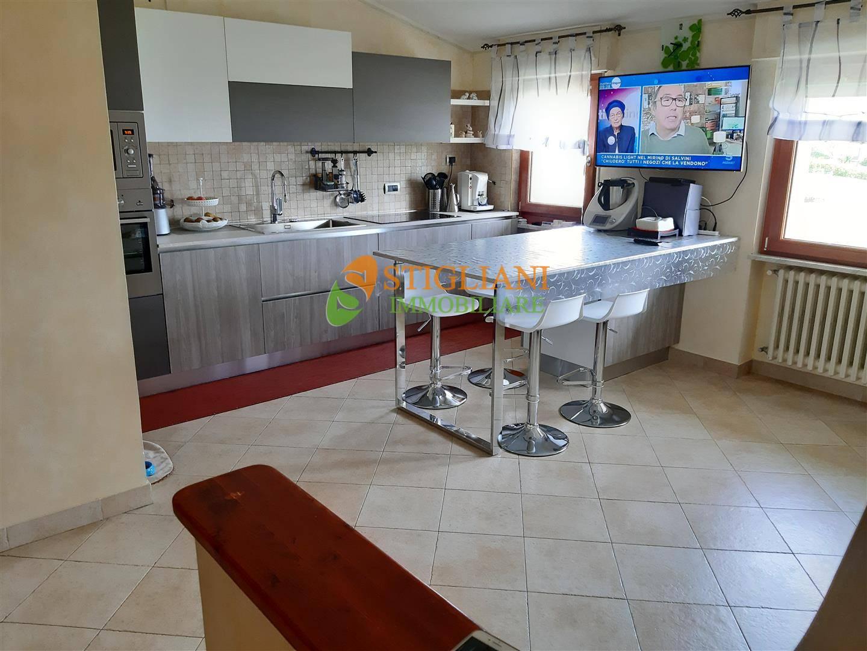 Appartamento in vendita a Ripalimosani, 5 locali, zona Località: C.daSerrecchie, prezzo € 119.000 | CambioCasa.it