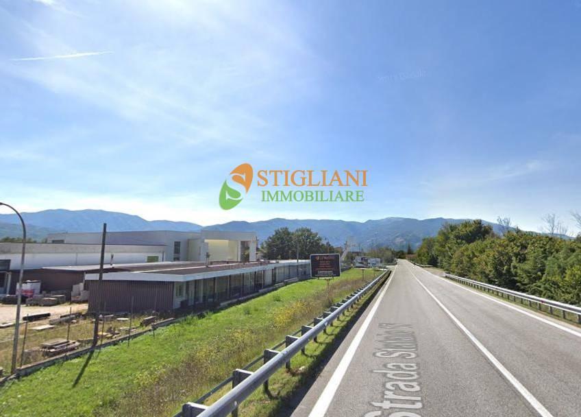 Negozio / Locale in affitto a Vinchiaturo, 9999 locali, zona Località: ZonaIndustriale, Trattative riservate | CambioCasa.it