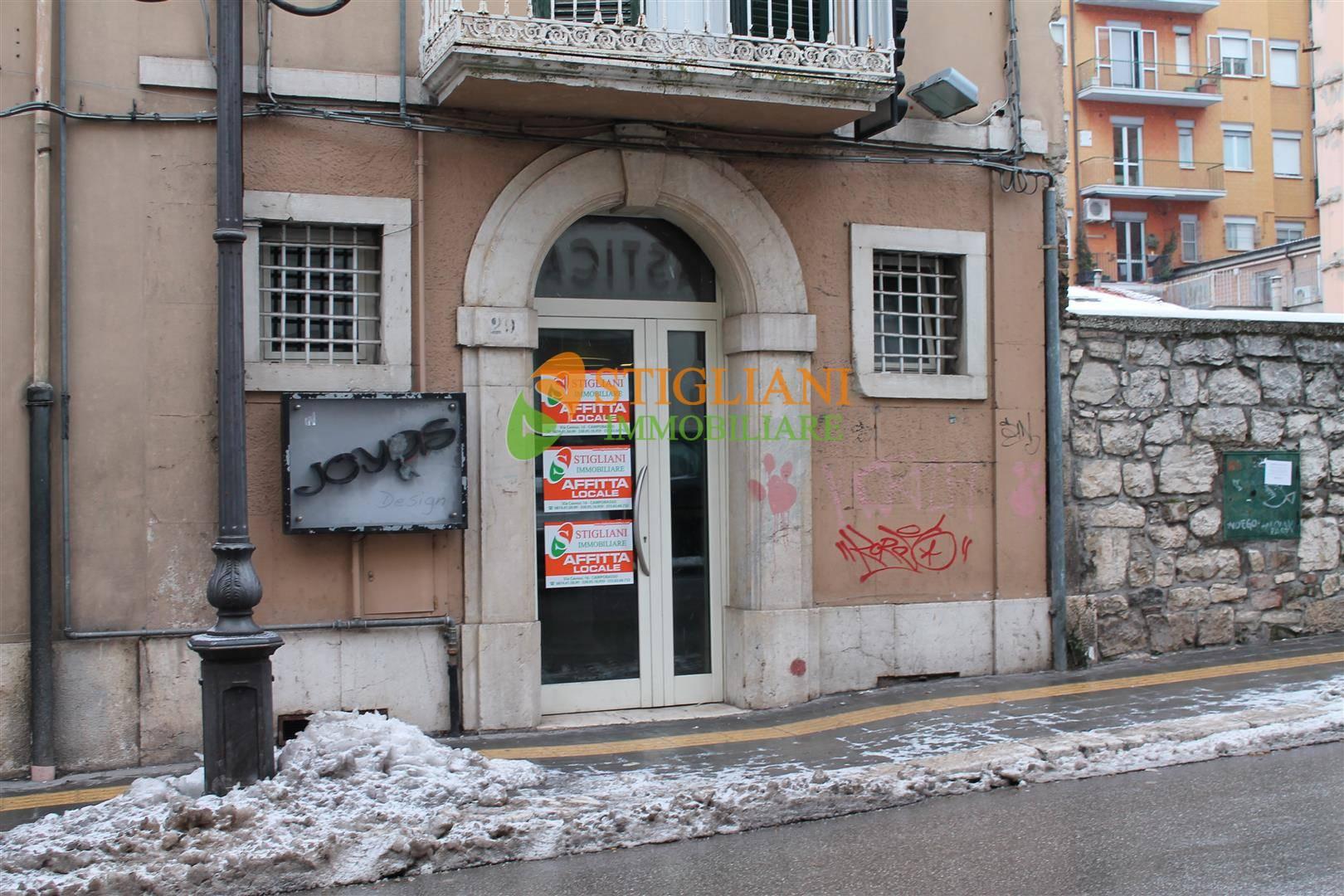 Negozio / Locale in affitto a Campobasso, 9999 locali, zona Zona: Centro, prezzo € 650 | CambioCasa.it