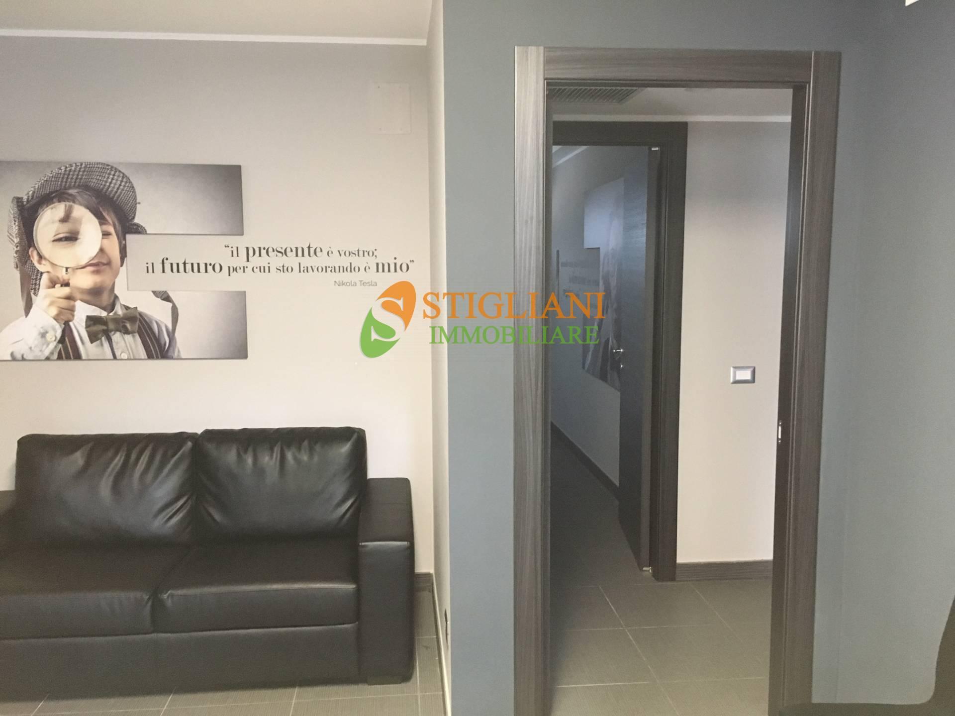 Ufficio / Studio in vendita a Campobasso, 9999 locali, zona Zona: Centro, Trattative riservate | CambioCasa.it