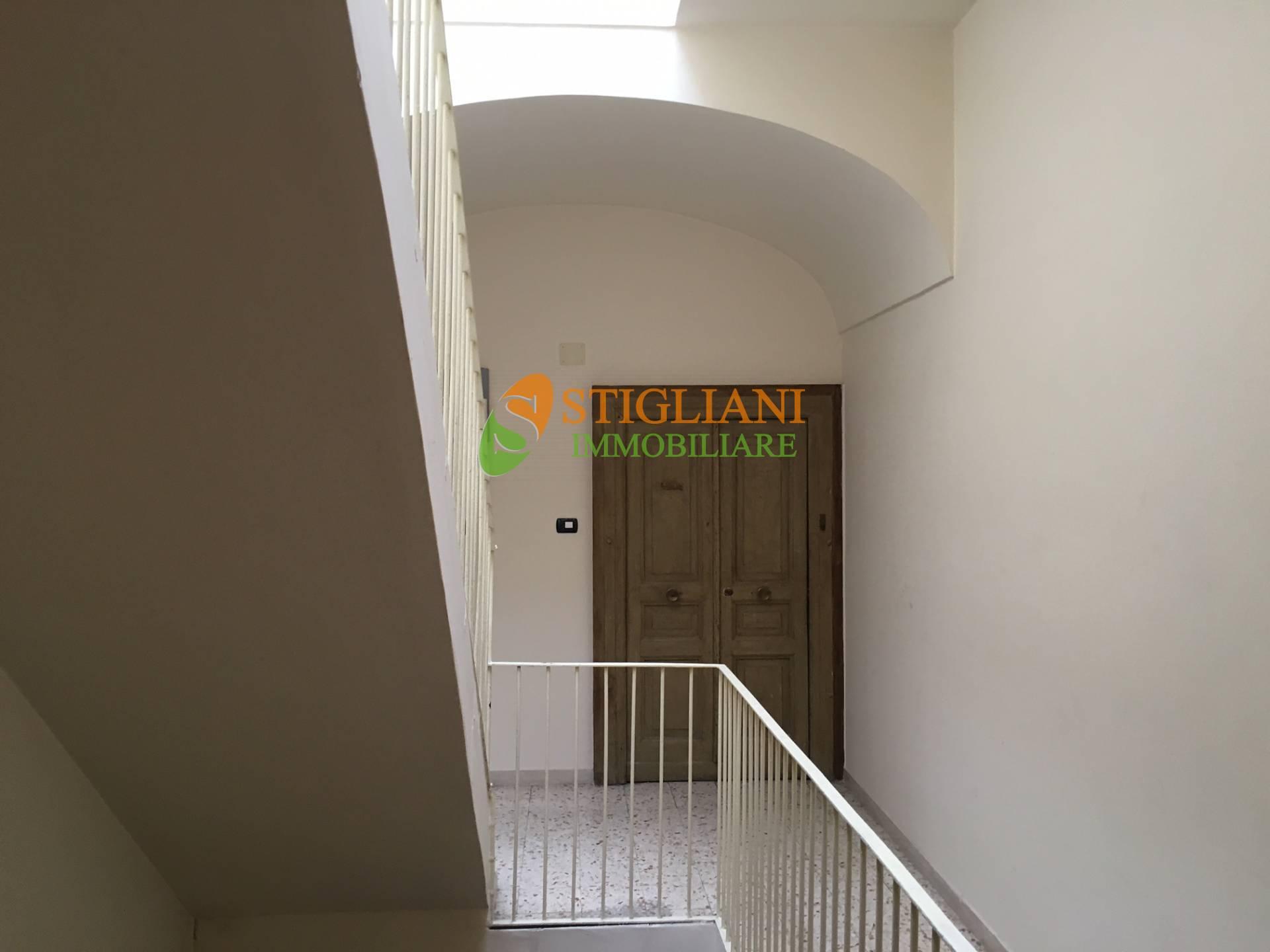 Appartamento in vendita a Campobasso, 4 locali, zona Zona: Centro, Trattative riservate | CambioCasa.it