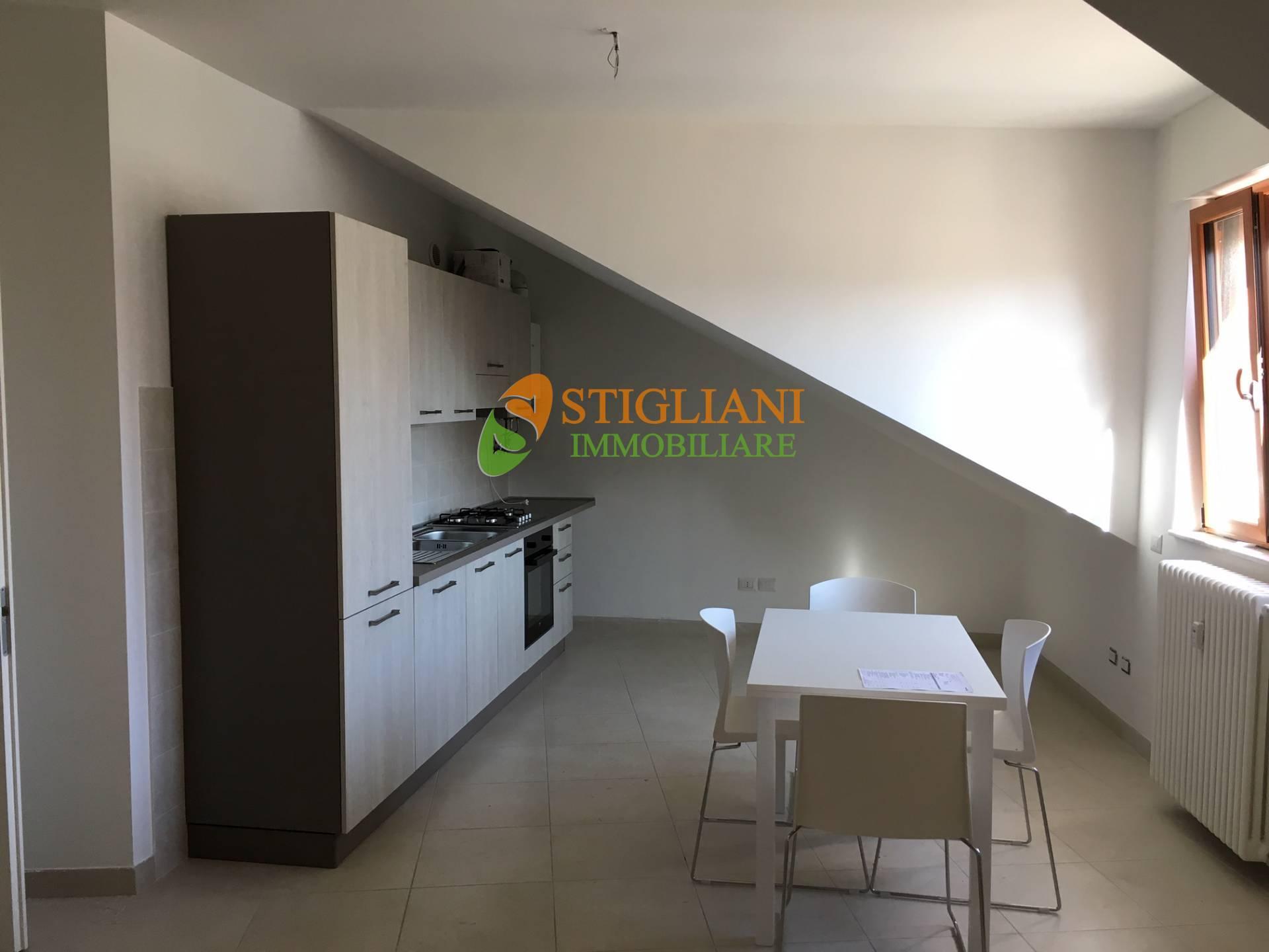 Appartamento in affitto a Campobasso, 4 locali, zona Zona: Centro, prezzo € 600   CambioCasa.it