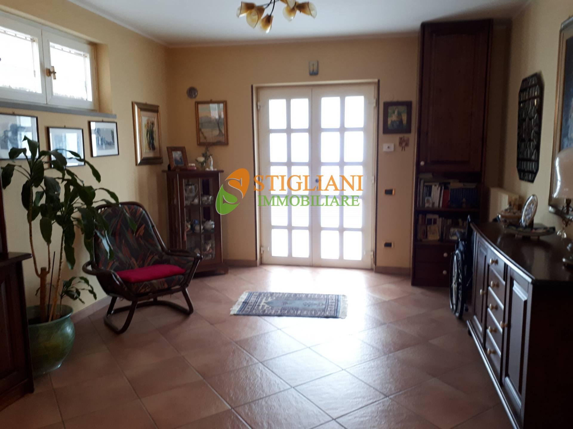 Villa Bifamiliare in vendita a Ferrazzano, 7 locali, zona Località: ContradaVazzieri, Trattative riservate | CambioCasa.it
