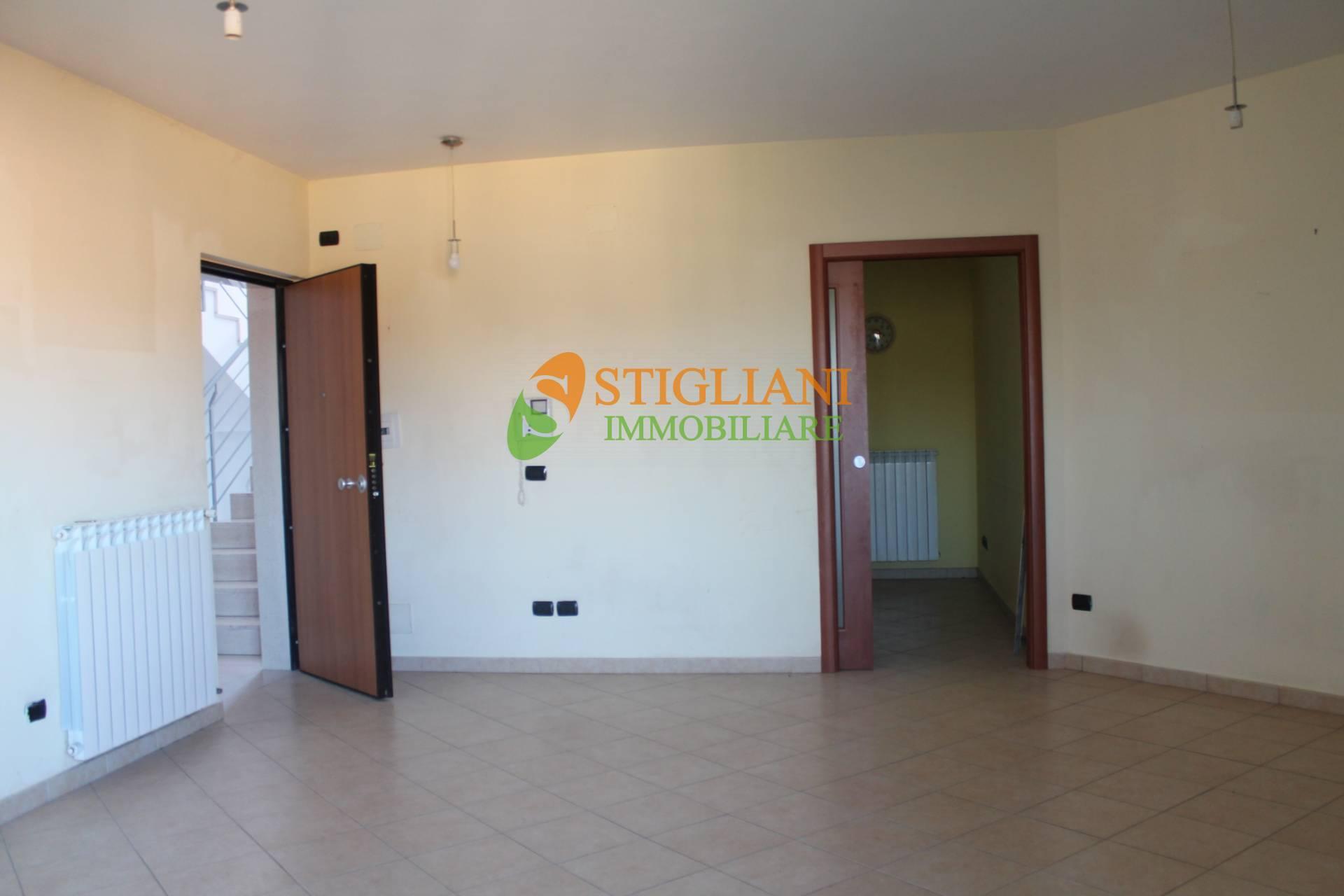 Appartamento in vendita a Ripalimosani, 5 locali, zona Località: ViaSanRocco, prezzo € 130.000 | CambioCasa.it