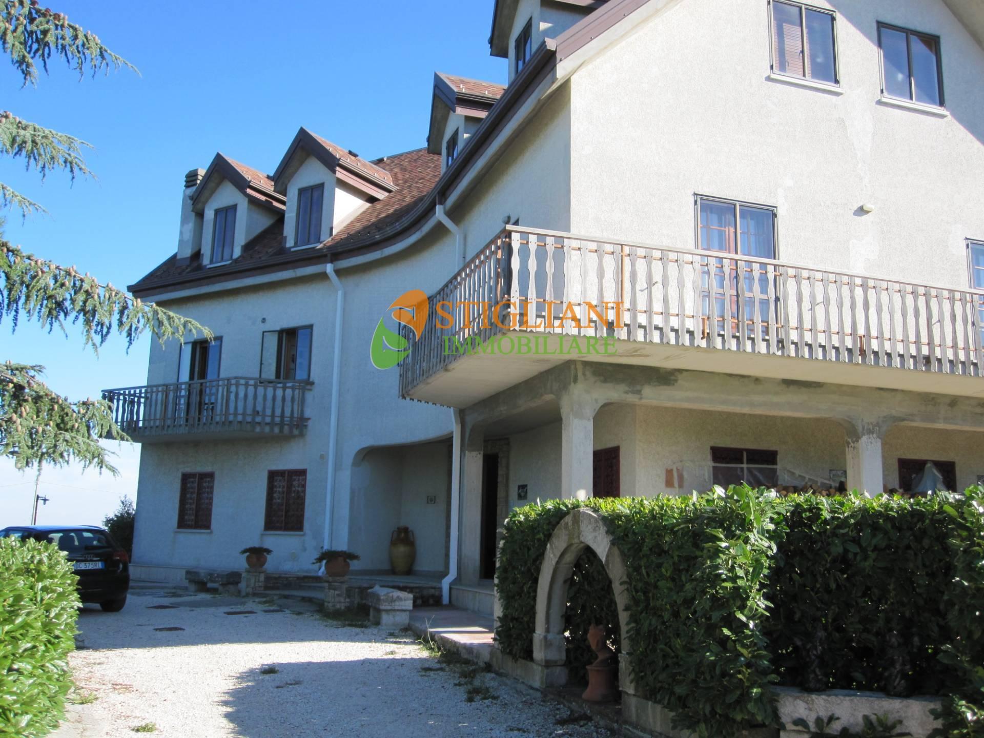 Appartamento in affitto a Campobasso, 4 locali, zona Località: Periferia, prezzo € 500 | CambioCasa.it