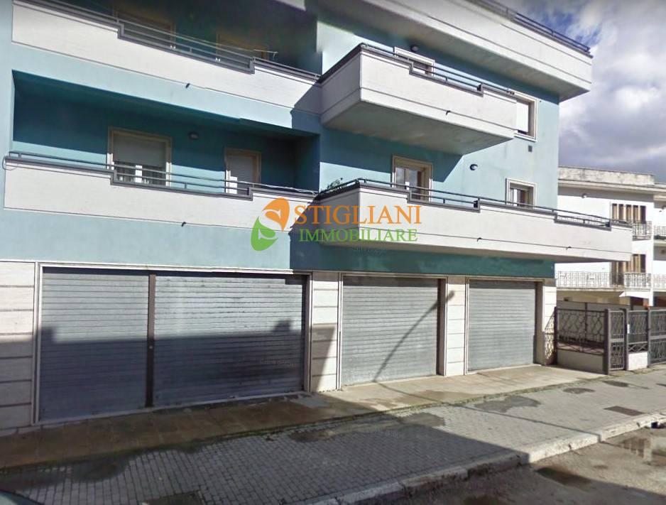 Negozio / Locale in affitto a Bojano, 9999 locali, zona Località: ViaSalvoDAcquisto, prezzo € 1.000 | CambioCasa.it