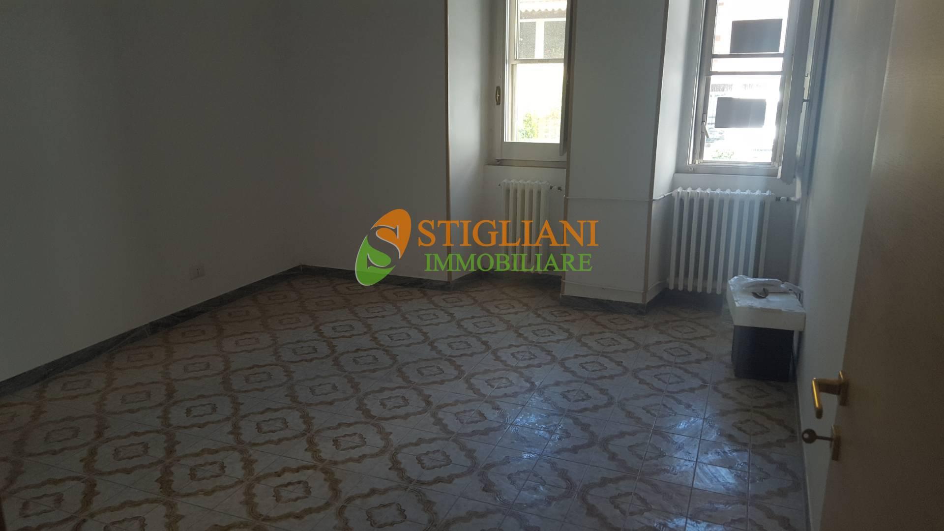 Ufficio / Studio in affitto a Campobasso, 9999 locali, zona Zona: Semicentro, Trattative riservate   CambioCasa.it