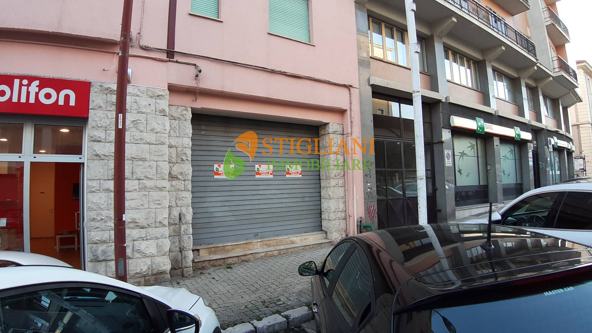 Negozio / Locale in affitto a Campobasso, 9999 locali, zona Zona: Centro, prezzo € 2.000 | CambioCasa.it