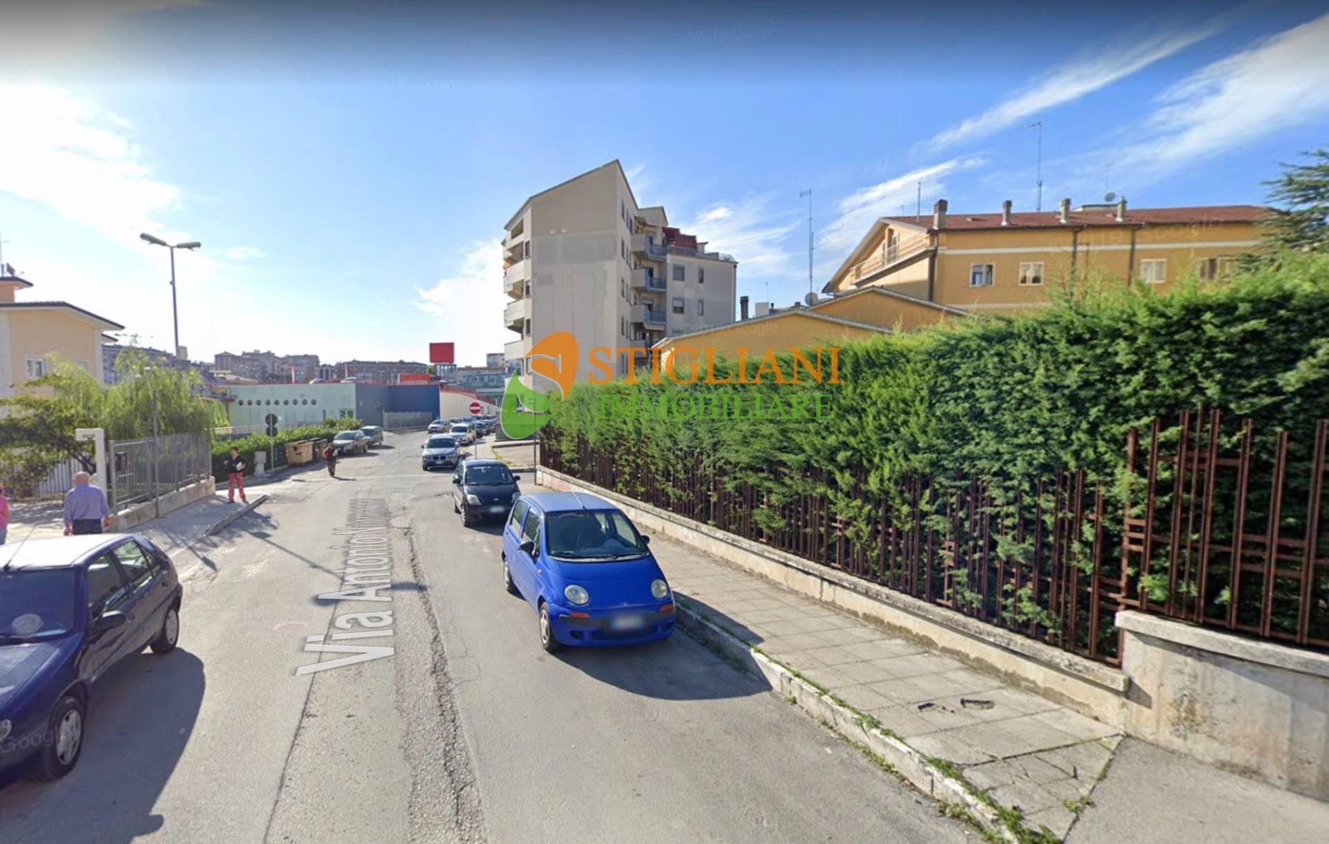 Box / Garage in vendita a Campobasso, 1 locali, zona Località: Periferia, prezzo € 22.000   CambioCasa.it