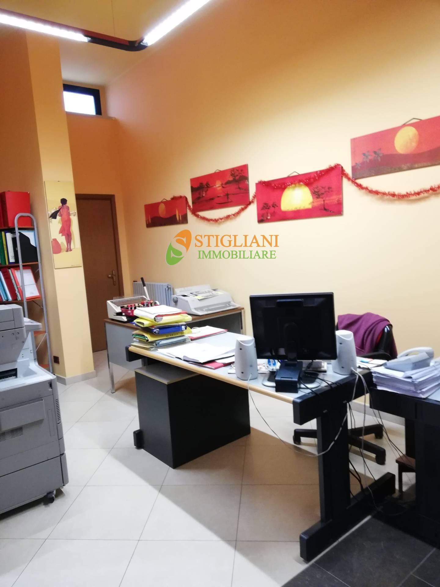 Ufficio / Studio in vendita a Campobasso, 9999 locali, zona Località: ViaBerlinguer, prezzo € 99.000 | CambioCasa.it