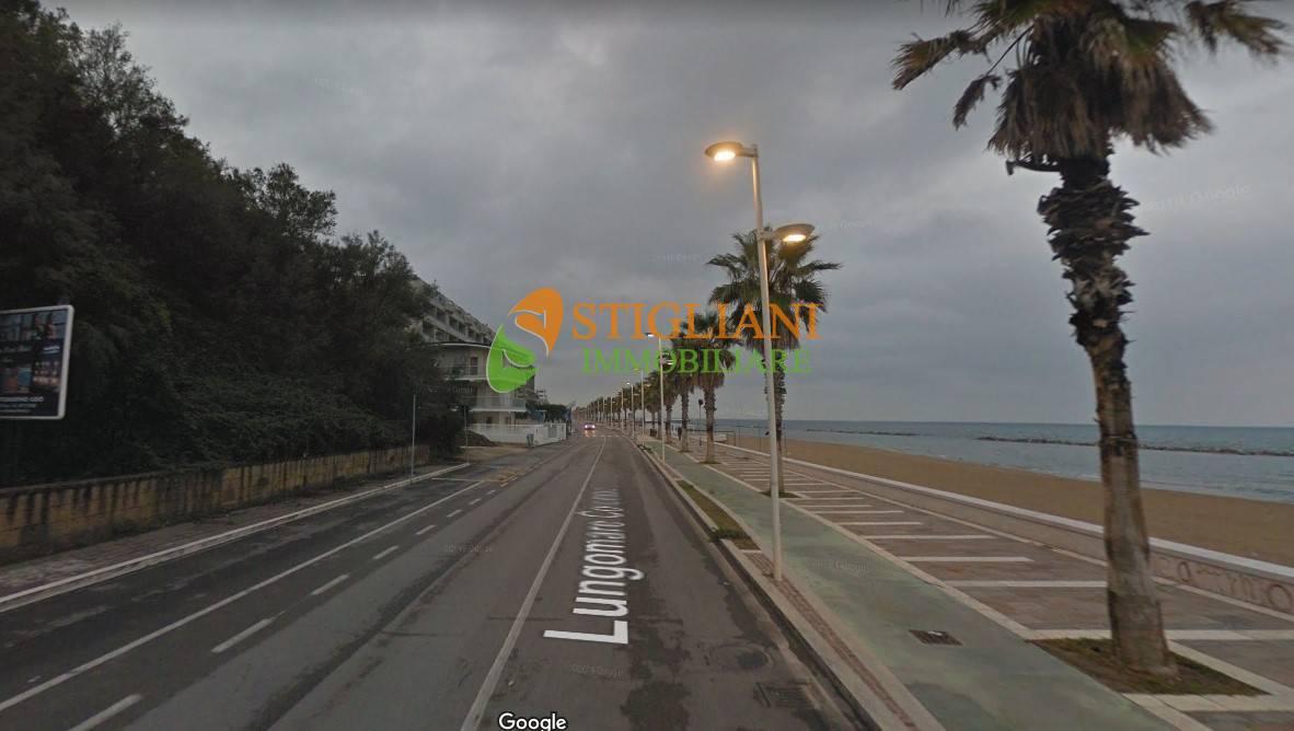 Appartamento in vendita a Termoli, 3 locali, zona Località: LungoMareC.Colombo, Trattative riservate | CambioCasa.it