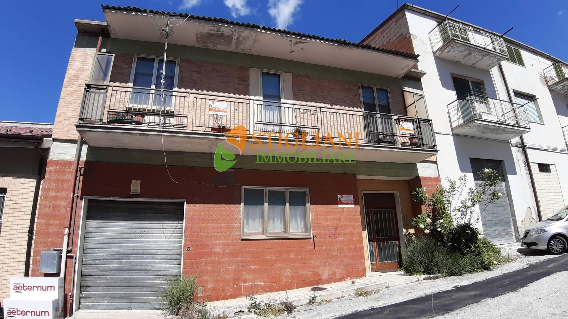 Appartamento, 200 Mq, Vendita - Campobasso (Campobasso)