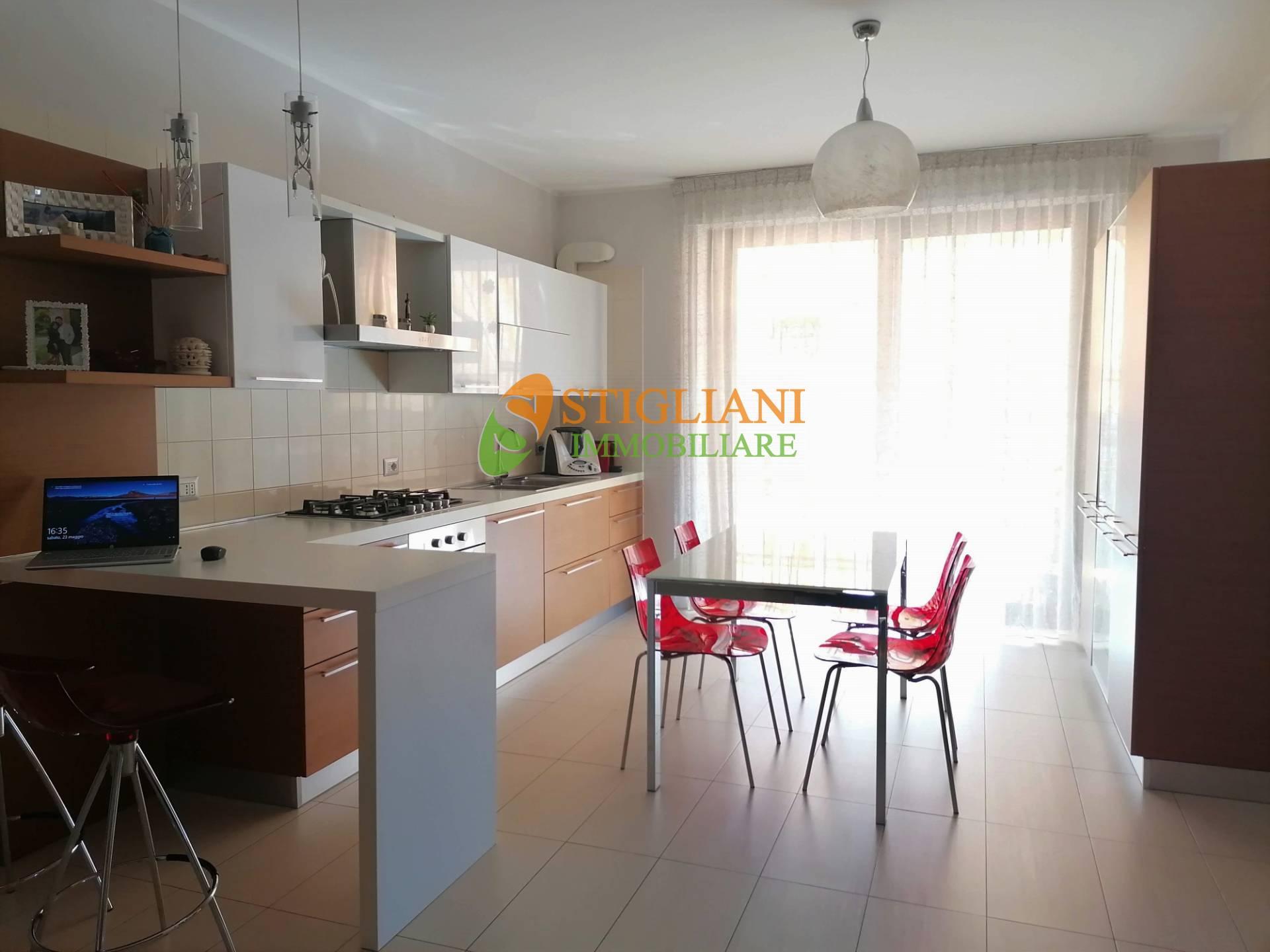 Appartamento in vendita a Mirabello Sannitico, 3 locali, zona Località: VialePadrePio, prezzo € 100.000 | CambioCasa.it