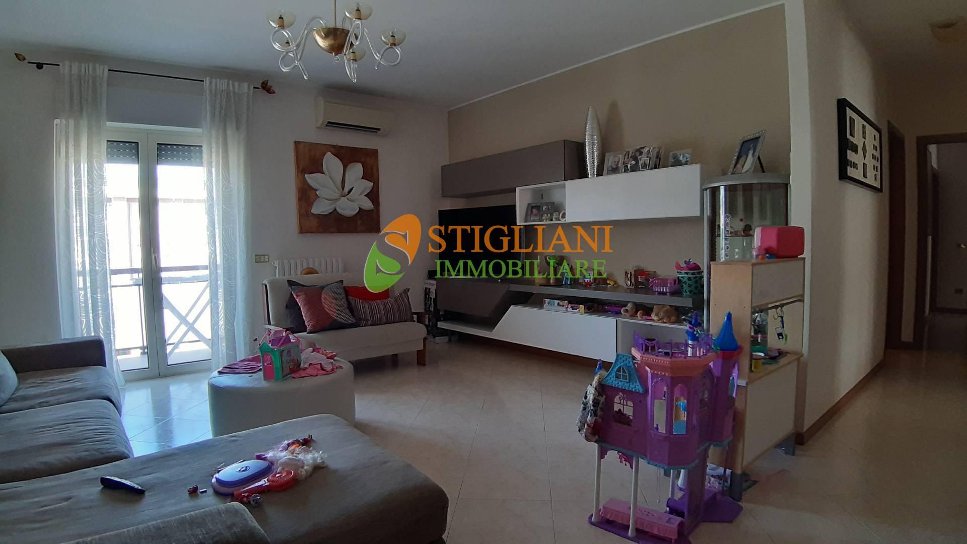 Appartamento in vendita a Campobasso, 5 locali, zona Zona: Centro, prezzo € 275.000 | CambioCasa.it