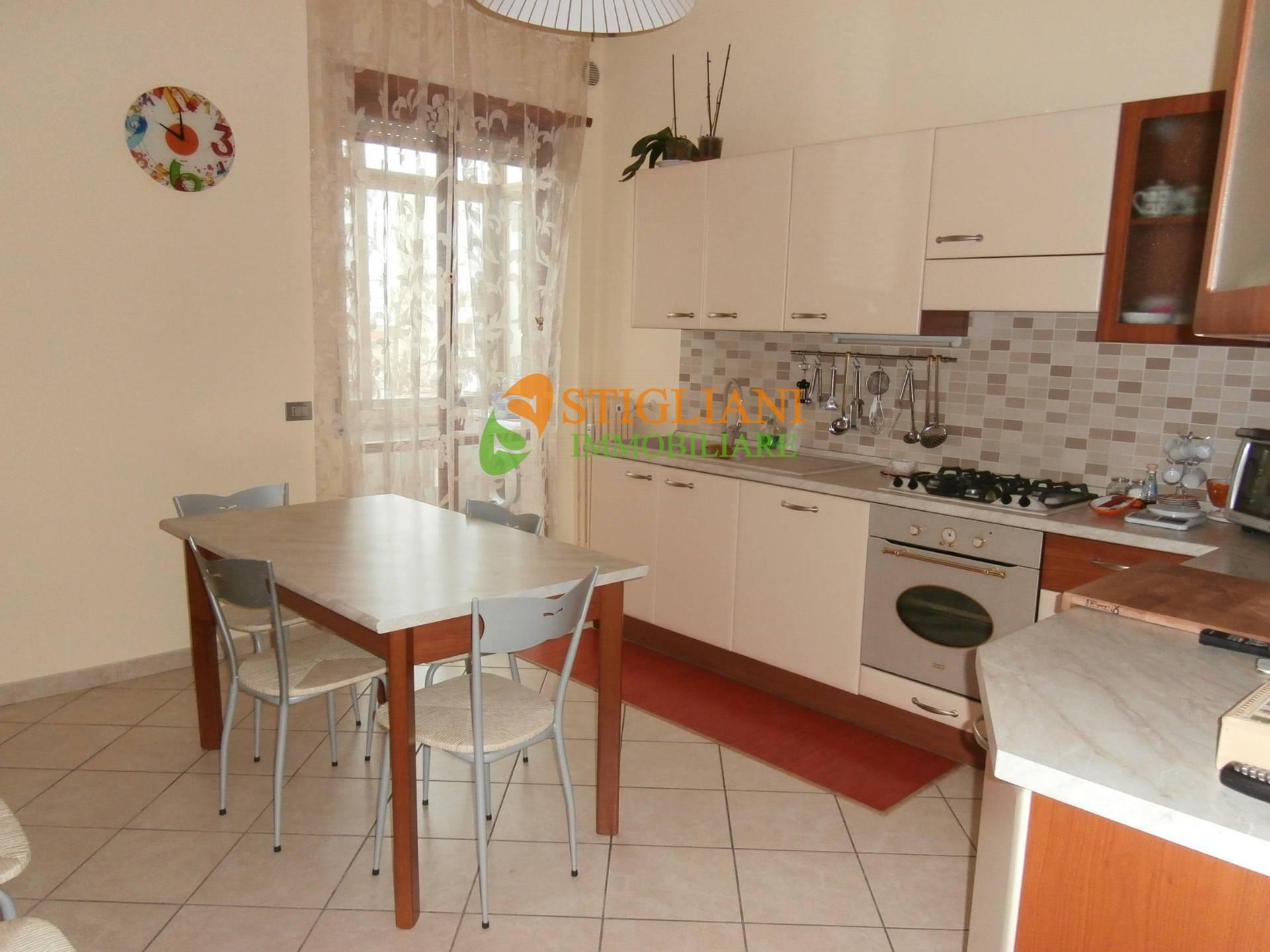Appartamento in vendita a Campobasso, 5 locali, zona Località: ViaDeAmicis, prezzo € 169.000 | CambioCasa.it