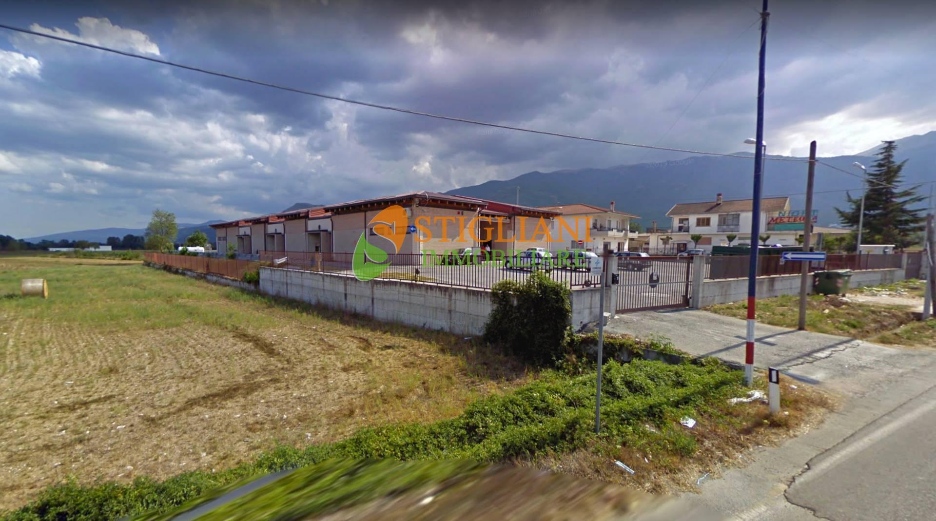 Negozio / Locale in vendita a San Massimo, 9999 locali, zona Località: StradaProvinciale, Trattative riservate | CambioCasa.it