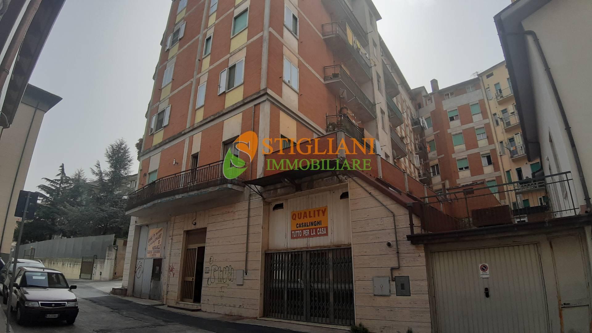 Altro in affitto a Campobasso, 5 locali, zona Zona: Centro, Trattative riservate   CambioCasa.it