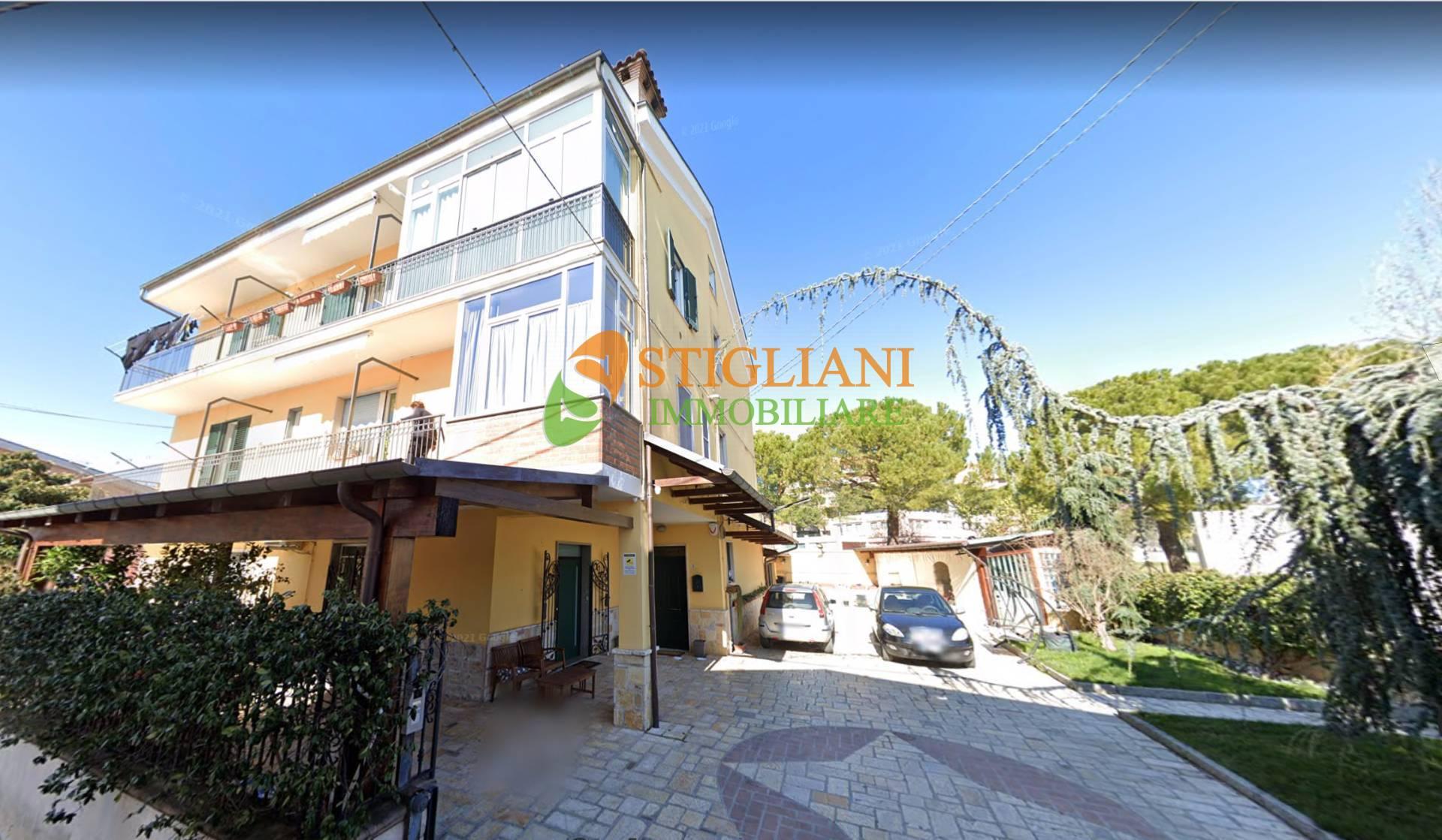 Appartamento in vendita a Campobasso, 5 locali, zona Località: ViaTrentinoAltoAdige, prezzo € 75.000 | PortaleAgenzieImmobiliari.it
