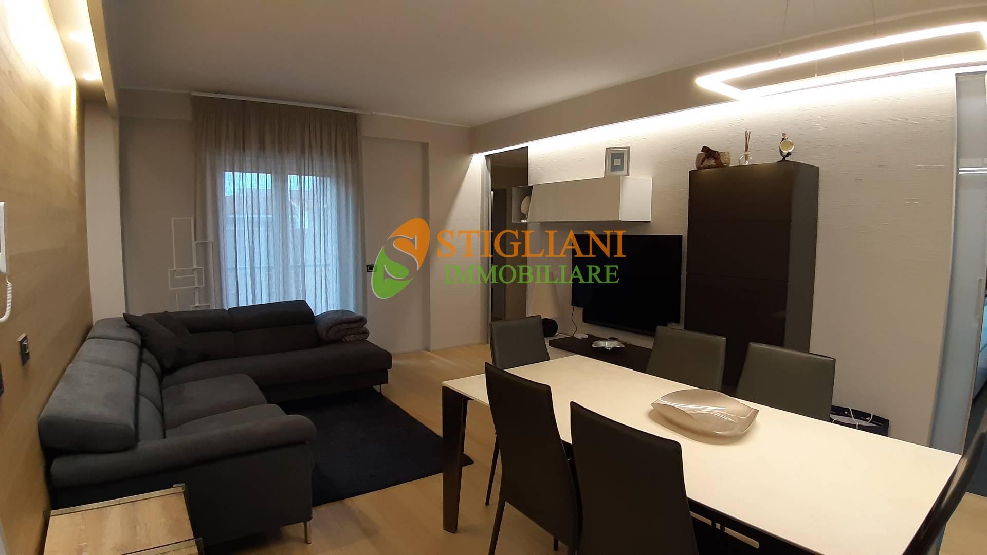 Appartamento in affitto a Campobasso, 4 locali, zona Zona: Centro, Trattative riservate   CambioCasa.it