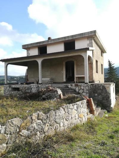 Villetta in Vendita a Oratino