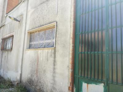 Deposito in Vendita a Ferrazzano