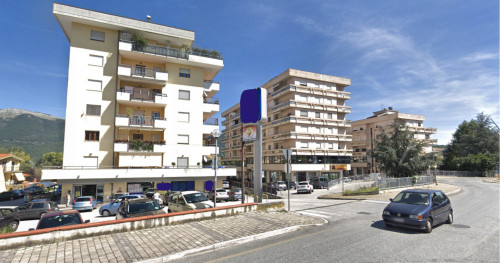 Locale commerciale in Affitto a Isernia