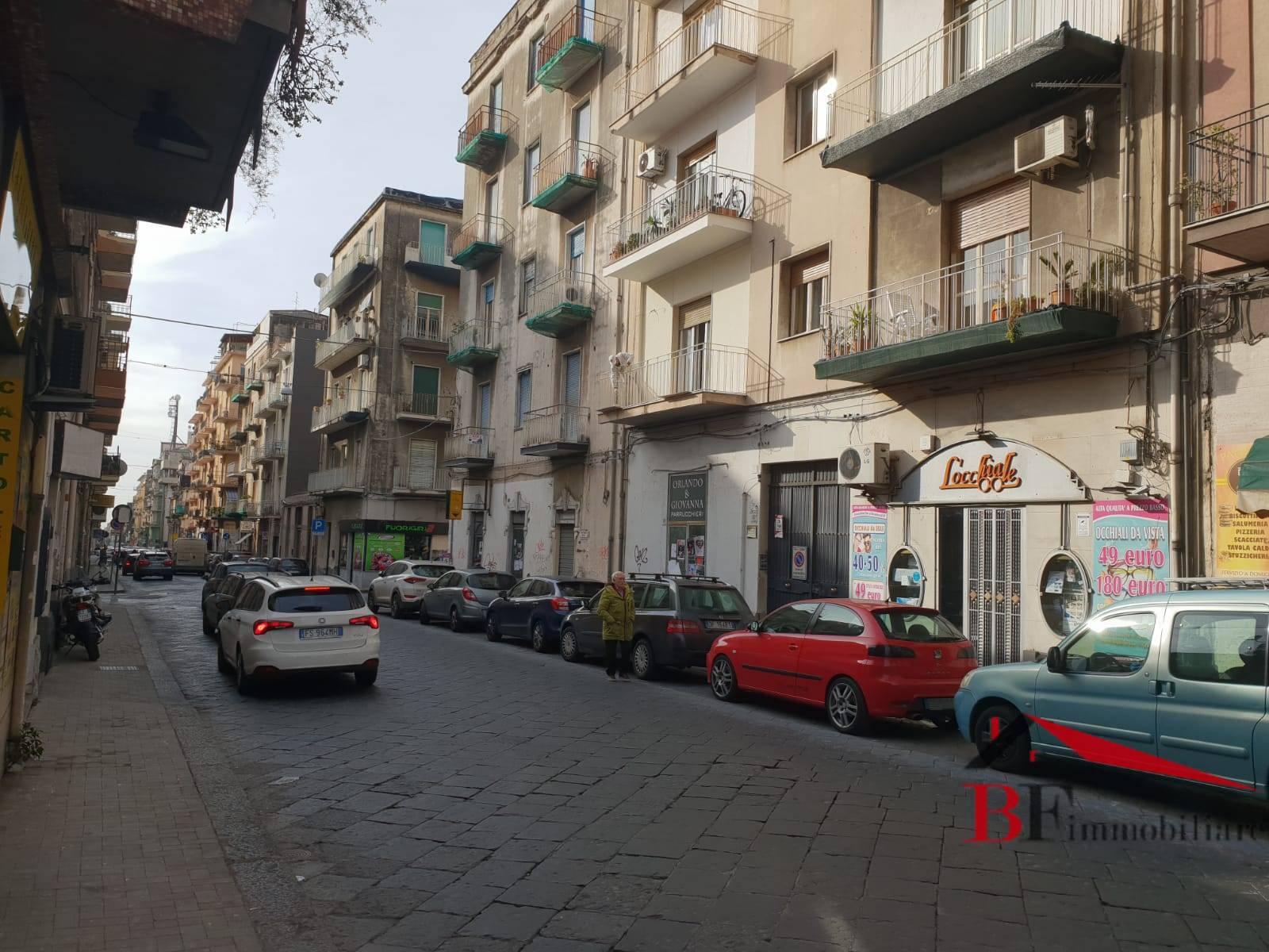 Box / Garage in vendita a Catania, 2 locali, zona Località: C.soItalia-viaLeopardi, prezzo € 53.000 | CambioCasa.it