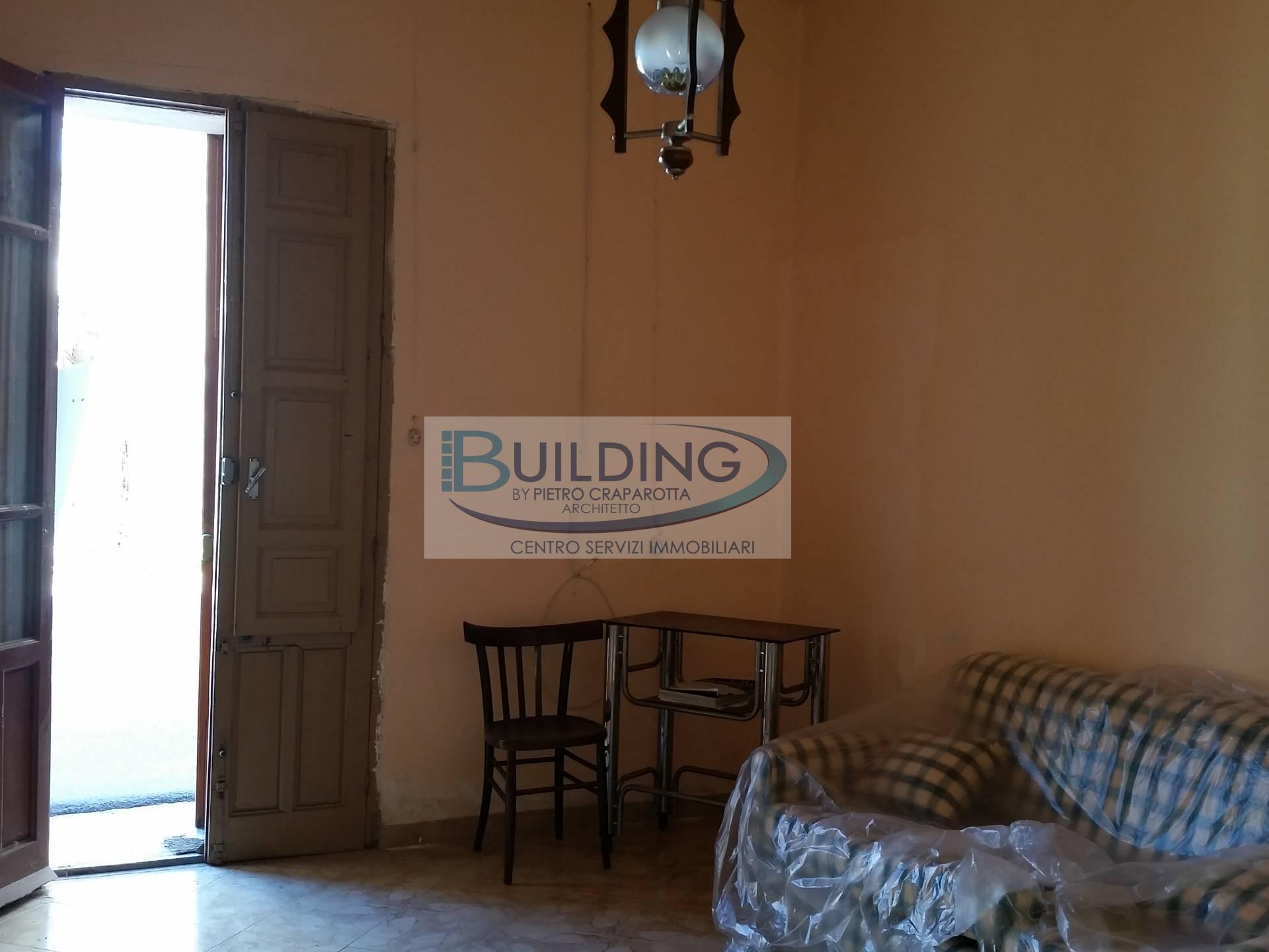 Appartamento in vendita a Castelvetrano, 3 locali, zona Località: CastelvetranoCittà, prezzo € 25.000 | PortaleAgenzieImmobiliari.it