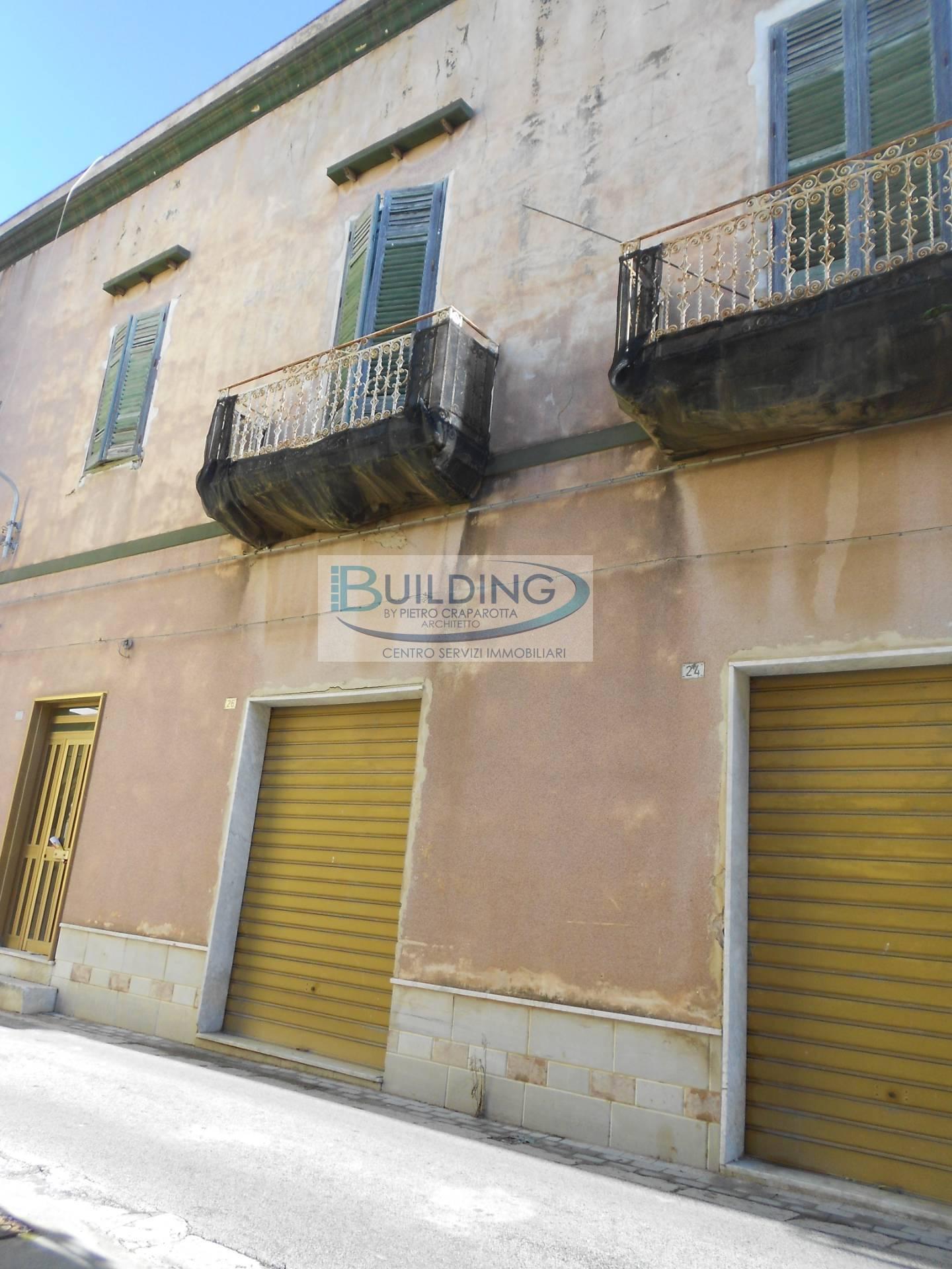 Appartamento in vendita a Castelvetrano, 6 locali, zona Località: CentroStorico, prezzo € 25.000 | PortaleAgenzieImmobiliari.it