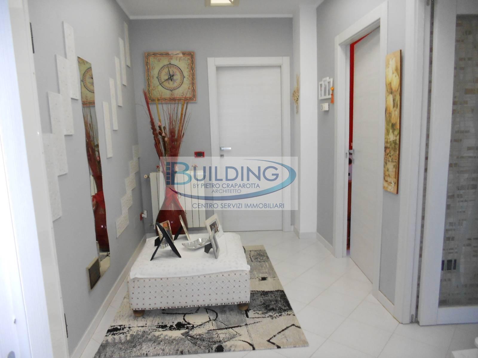 Appartamento in vendita a Castelvetrano, 7 locali, zona Località: CastelvetranoCittà, prezzo € 134.000 | PortaleAgenzieImmobiliari.it