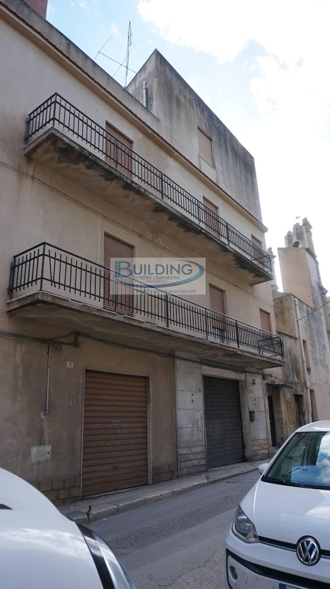 Appartamento in vendita a Castelvetrano, 6 locali, zona Località: CentroStorico, prezzo € 11.000 | PortaleAgenzieImmobiliari.it