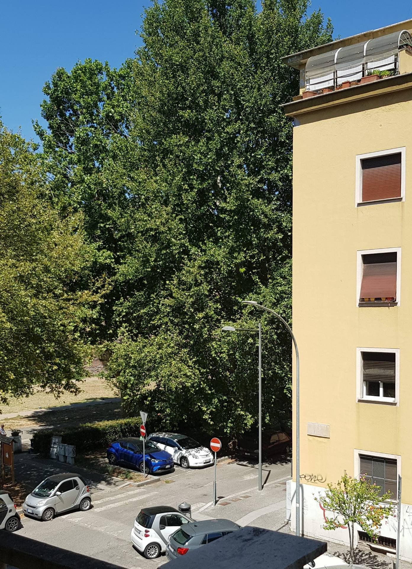 APPARTAMENTO in Affitto a S.Giovanni, Roma (ROMA)
