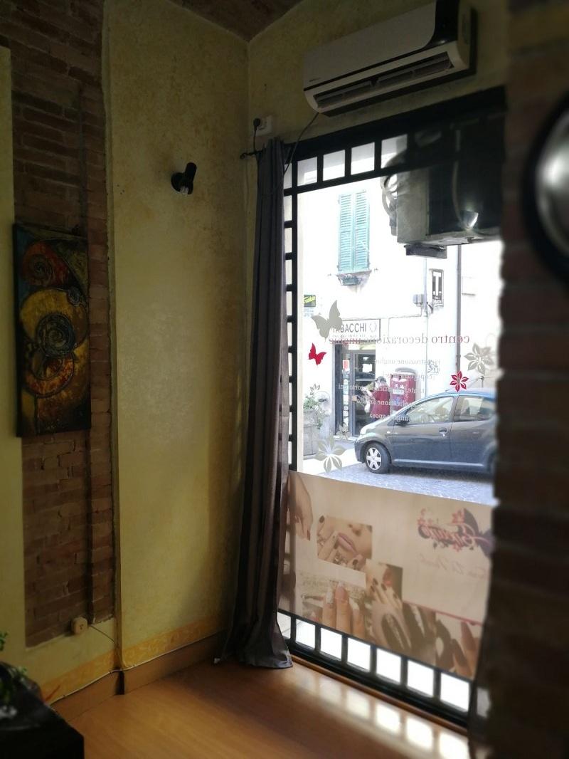 Negozio / Locale in affitto a Teramo, 9999 locali, zona Zona: Centro , prezzo € 400 | CambioCasa.it