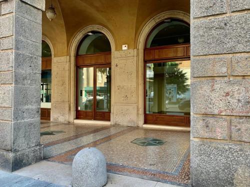 Attività commerciale in Affitto a Bergamo