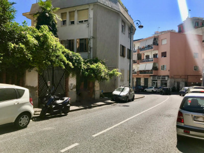 laboratorio in Vendita a Napoli