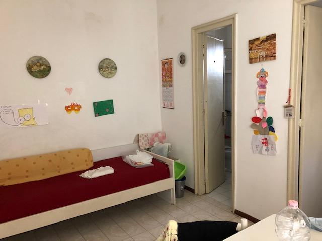 APPARTAMENTO in Affitto a Notarbartolo, Palermo (PALERMO)