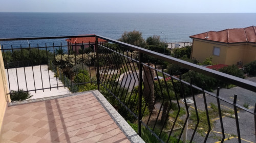 Appartamento in Vendita<br>a Cipressa
