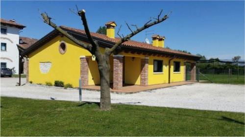 Villa for Rent to Quinto Vicentino