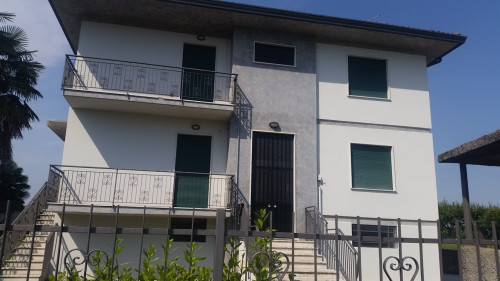 Casa singola in Affitto a Vicenza