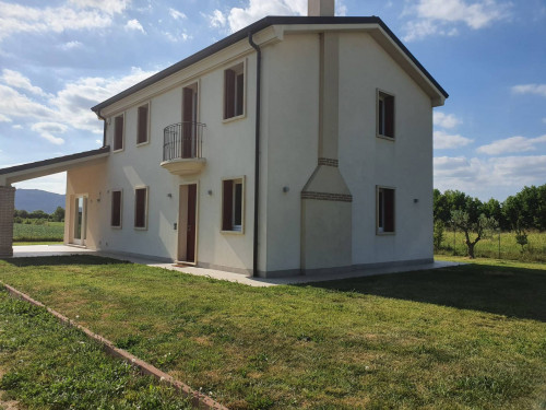 Casa singola in Affitto a Nanto