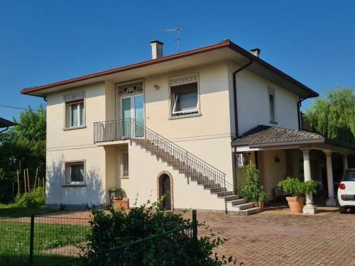 Villa in Vendita a Quinto Vicentino