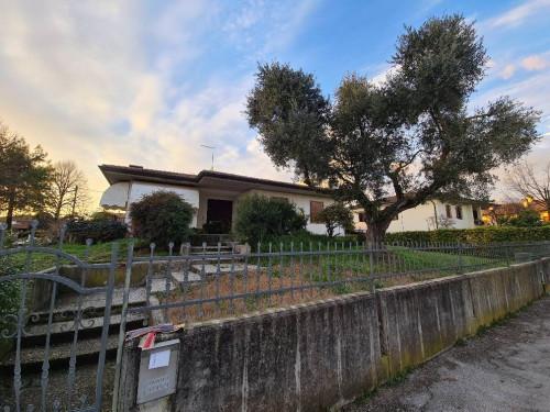 Villa for Rent to Bolzano Vicentino