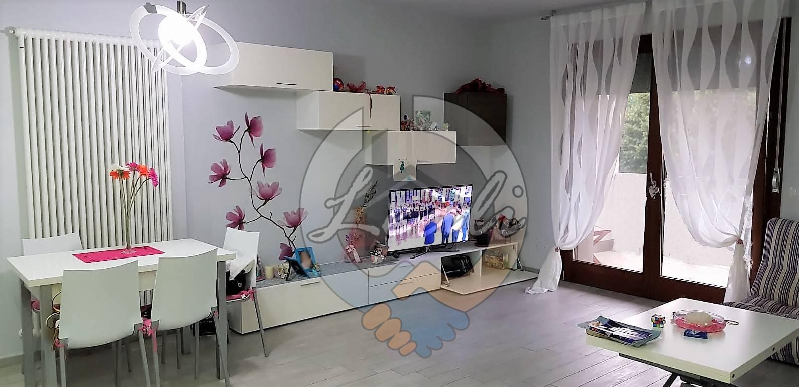 Appartamento in vendita a Tolentino, 3 locali, prezzo € 209.000 | CambioCasa.it